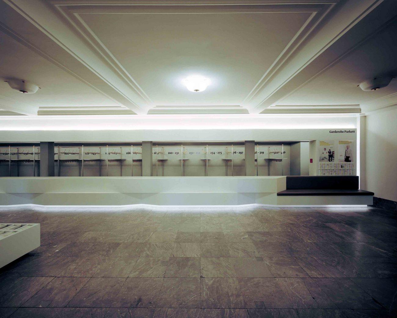 Foyer Schauspielhaus Dresden Alexander Poetzsch Architekten